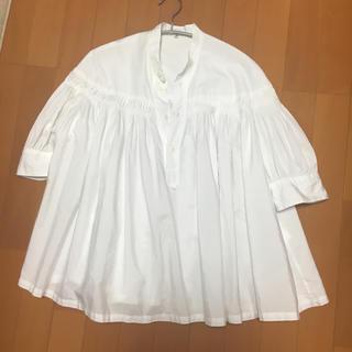 サイ(Scye)のscye タックブラウス 白 コットン 38(シャツ/ブラウス(半袖/袖なし))