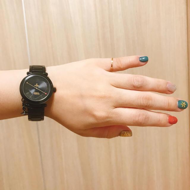 Vivienne Westwood - 【美品】ブラック 黒 モノトーン シンプル 腕時計の通販 by ぴっぴshop|ヴィヴィアンウエストウッドならラクマ