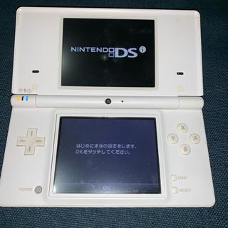 ニンテンドーDS(ニンテンドーDS)の任天堂 Nintendo DSi 白 ホワイト(携帯用ゲーム機本体)