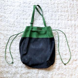 ミュウミュウ(miumiu)の美品❤️miumiu❤️トートバッグ/巾着pradaguccimarni(トートバッグ)