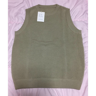 コモリ(COMOLI)のcrepuscule moss stitch vest 1901-007(ベスト)
