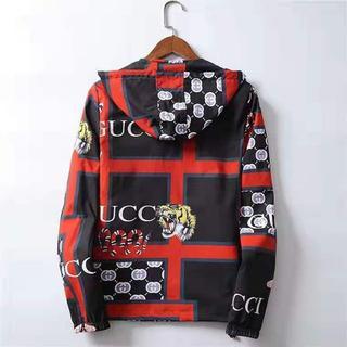 グッチ(Gucci)のGUCCI人気のタイガーヘッドプリントファッションカジュアルメンズジャケット (ブルゾン)