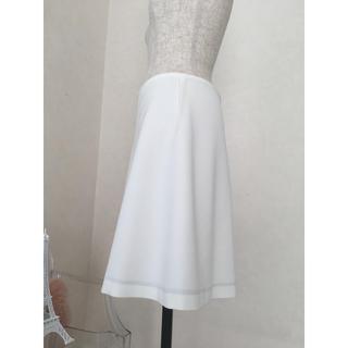 バーニーズニューヨーク(BARNEYS NEW YORK)のヨーコチャン  フレアースカート(ひざ丈スカート)