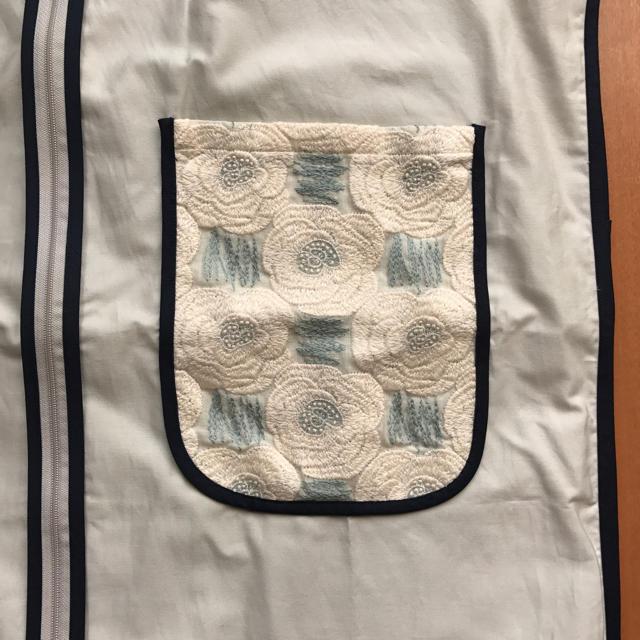 mina perhonen(ミナペルホネン)のミナペルホネン 非売品 コートカバー ローザス レディースのレディース その他(その他)の商品写真