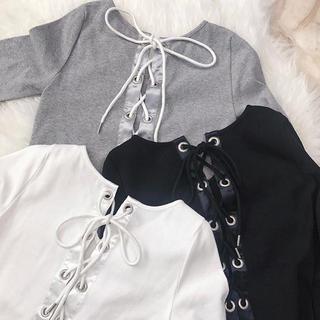 エイミーイストワール(eimy istoire)のMIRROR9♡Back lace up tops(カットソー(長袖/七分))