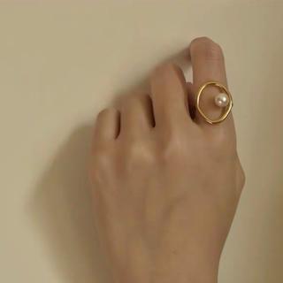 エテ(ete)のパールリング ゴールド 調節可能(リング(指輪))