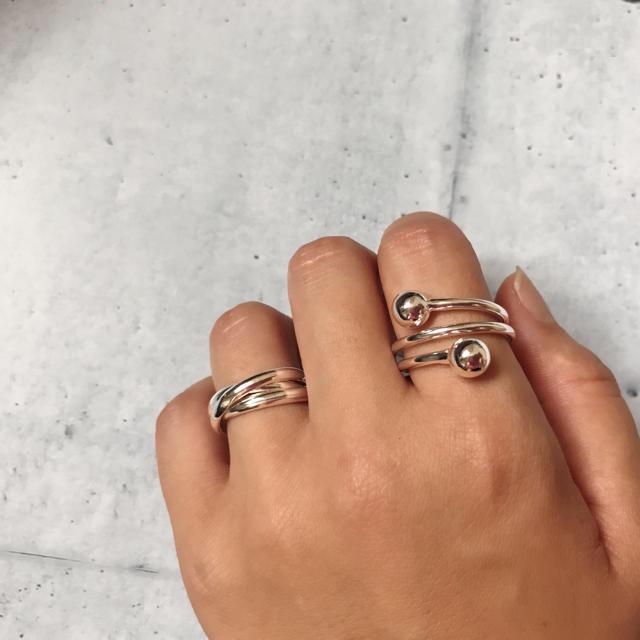 ꫛꫀꪝ✧・:* 【新入荷】silver925plated コイルボールリング レディースのアクセサリー(リング(指輪))の商品写真