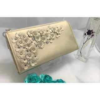 ANTEPRIMA - 【アンテプリマ】 財布 長財布 正規品 ゴールド 花 レディースの通販|ラクマ