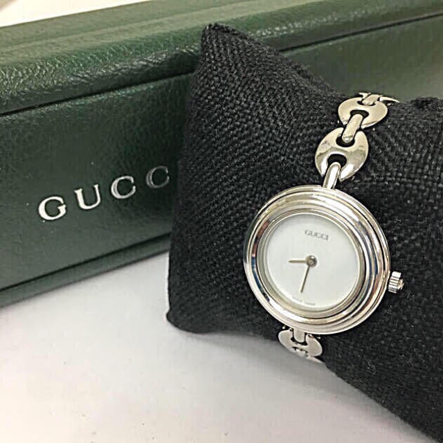 Gucci - 正規品 GUCCI グッチ 腕時計の通販 by 富's shop|グッチならラクマ