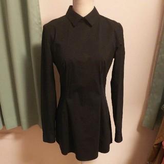 プラダ(PRADA)のPRADAの黒ロング丈ストレッチシャツ(シャツ/ブラウス(長袖/七分))