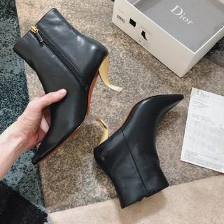 クリスチャンディオール(Christian Dior)のクリスチャンディオール D-Sculpture ショートブーツ(ブーツ)