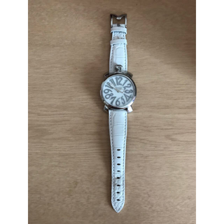 half off 7b113 260c0 ガガミラノ 白 腕時計 値段下げました