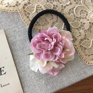 ローズピンクバラとホワイト、ピアス紫陽花のヘアゴム(ヘアアクセサリー)