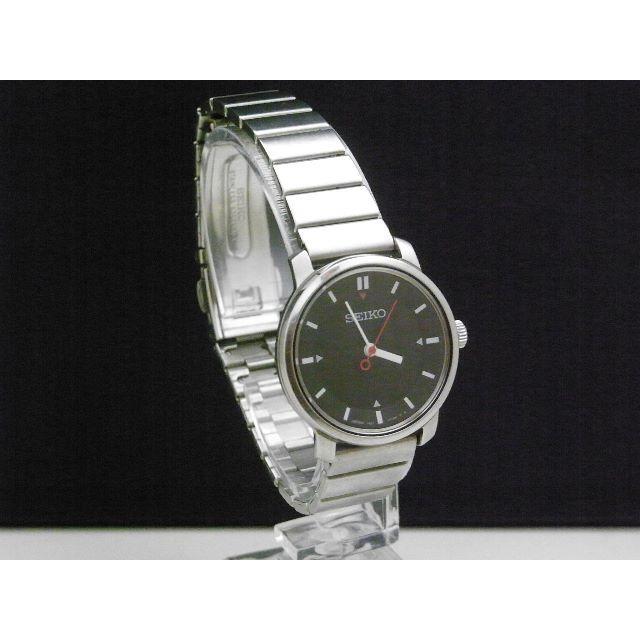 SEIKO - SEKO レア文字盤 腕時計 1F21-0070 ブラックダイアル 赤針の通販 by Arouse 's shop|セイコーならラクマ