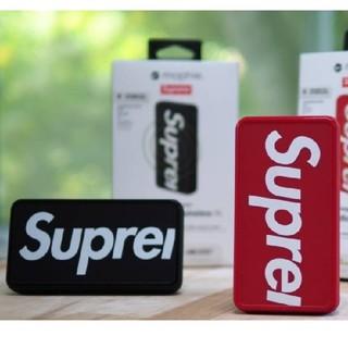 シュプリーム(Supreme)のSupreme ワイヤレスモバイルバッテリー 置くだけ充電器(バッテリー/充電器)