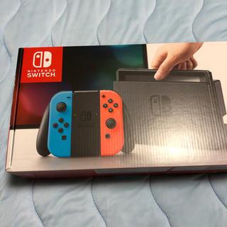 ニンテンドースイッチ(Nintendo Switch)のNintendo Switch本体 新品、未開封 3000円クーポン付き(家庭用ゲーム機本体)