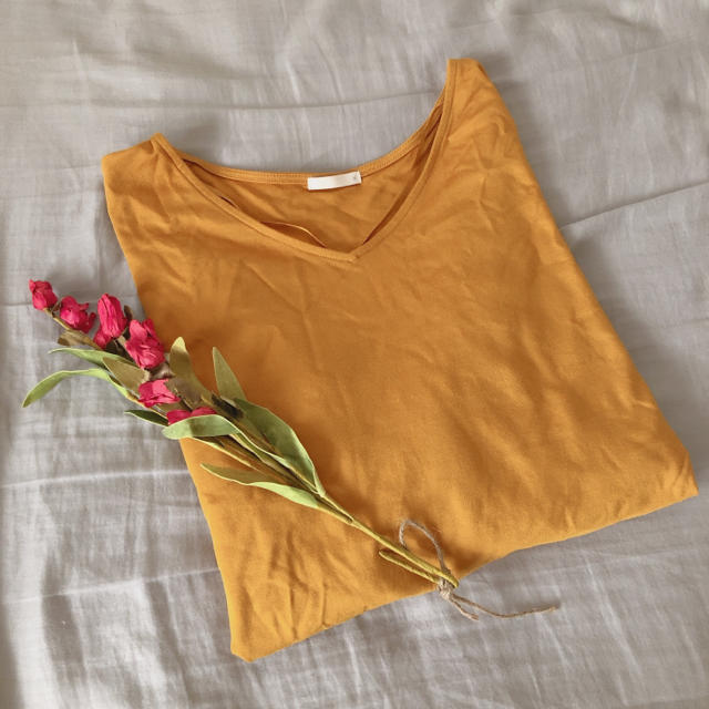 GU(ジーユー)の【GU】レディース トップス パフスリーブT イエロー レディースのトップス(Tシャツ(長袖/七分))の商品写真