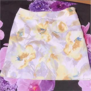サリア(salire)のsalire 花柄 タイトスカート(ミニスカート)