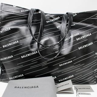 バレンシアガ(Balenciaga)の新品 BALENCIAGA モノグラムロゴ ハンドバッグ(ボディーバッグ)