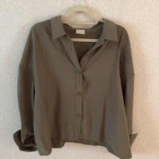 ハレ(HARE)のリボンシャツ カーキ色 フリーサイズ HARE(シャツ/ブラウス(長袖/七分))