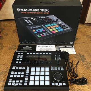 MASCHINE STUDIO (Expansion付き!)(MIDIコントローラー)