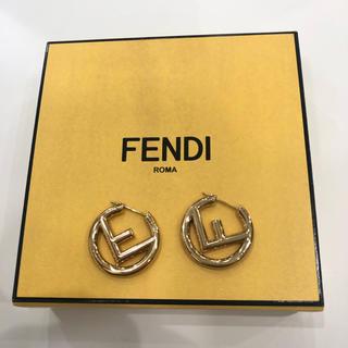 フェンディ(FENDI)のFENDI エフ イズ フェンディピアス ゴールド金具(ピアス)