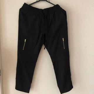 プラステ(PLST)のプラステ PLST 黒パンツ 新品タグ付き サイズ2(クロップドパンツ)