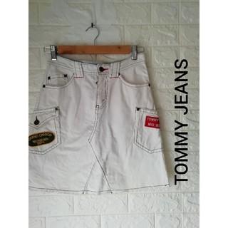 トミー(TOMMY)のTOMMY JEANS レディーススカート(ひざ丈スカート)