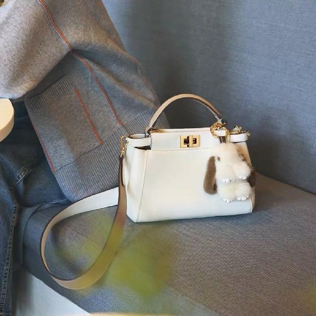 Chesty(チェスティ)の☆バイカラーピーカブー バッグ☆ レディースのバッグ(ハンドバッグ)の商品写真