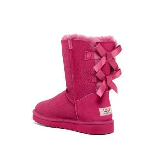 アグ(UGG)の新品 正規品 サイズ7 リボン ショッキングピンク ショートブーツ(ブーツ)