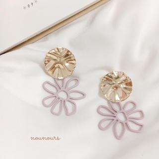 カスタネ(Kastane)のgold plate×purple flower pierce*.(ピアス)