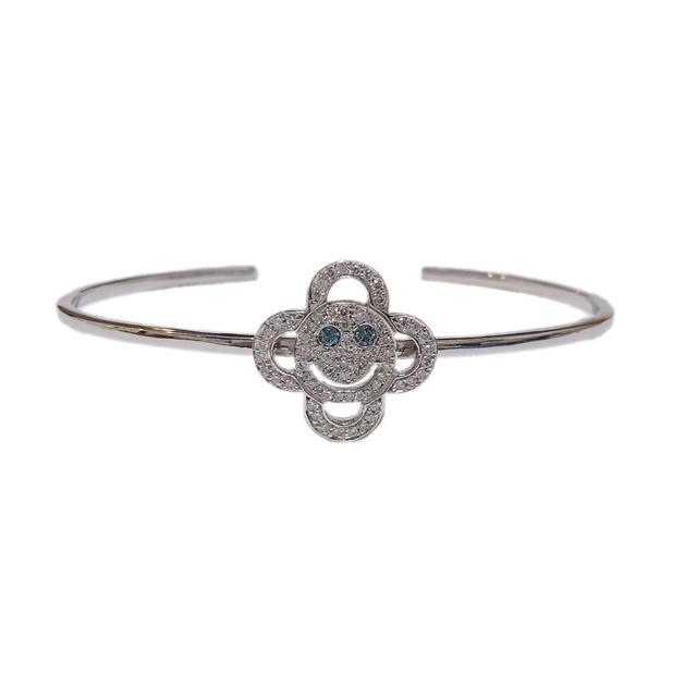 EYEFUNNY(アイファニー)のEYEFUNNY アイファニー 18k ホワイトゴールド バングル ダイヤモンド メンズのアクセサリー(ネックレス)の商品写真