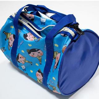 バンダイ(BANDAI)のおしりたんてい バッグ プールバッグ 新品タグ付き(トートバッグ)
