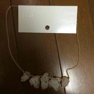エイチアンドエム(H&M)のH&M クリスタル ネックレス(ネックレス)