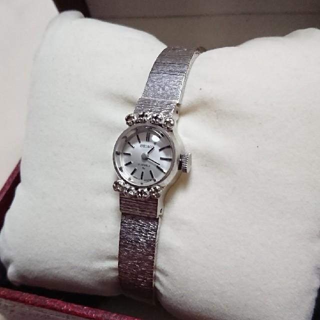 SEIKO - SEIKO 飾り石つき アンティーク腕時計の通販 by メープル's shop|セイコーならラクマ