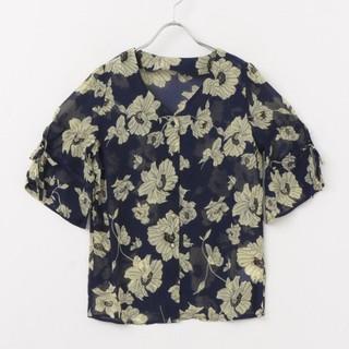 アーバンリサーチ(URBAN RESEARCH)の花柄 シフォン ブラウス ネイビー(シャツ/ブラウス(半袖/袖なし))