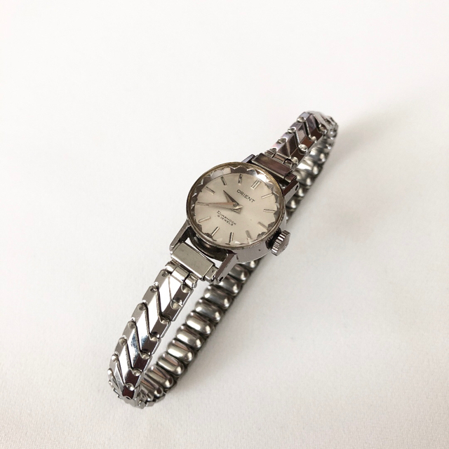 ORIENT - ビンテージ オリエント19石 レディース手巻き腕時計 稼動品  稀少の通販 by じゅん's shop|オリエントならラクマ