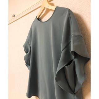 ジーユー(GU)のGU★ダスティーブルーのシャツプルオーバー(シャツ/ブラウス(半袖/袖なし))