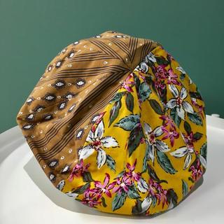カオリノモリ(カオリノモリ)の新品未使用 タグ付き 総柄ベレー帽(ハンチング/ベレー帽)