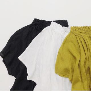 ネストローブ(nest Robe)ののりっぺ0413様専用です⭐️ネストローブ ⭐️リネンフリルブラウス(シャツ/ブラウス(半袖/袖なし))