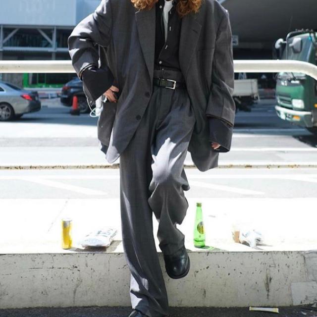 COMME CA MEN(コムサメン)のチャコールグレー  セットアップ メンズのスーツ(セットアップ)の商品写真
