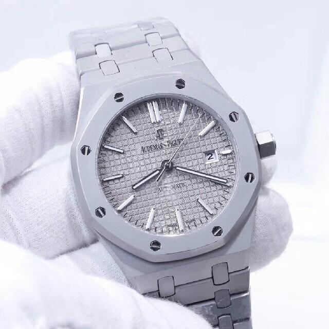 腕時計 人気 女性 / プラダバックパック・リュックスーパーコピー 人気