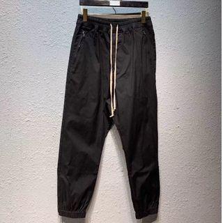 Rick Owens - RICK OWENS メンズ パンツ チノパン 48 ブラック