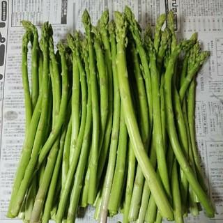 えいたん様専用(佐賀県産グリーンアスパラ1.8キロ(訳あり)(野菜)