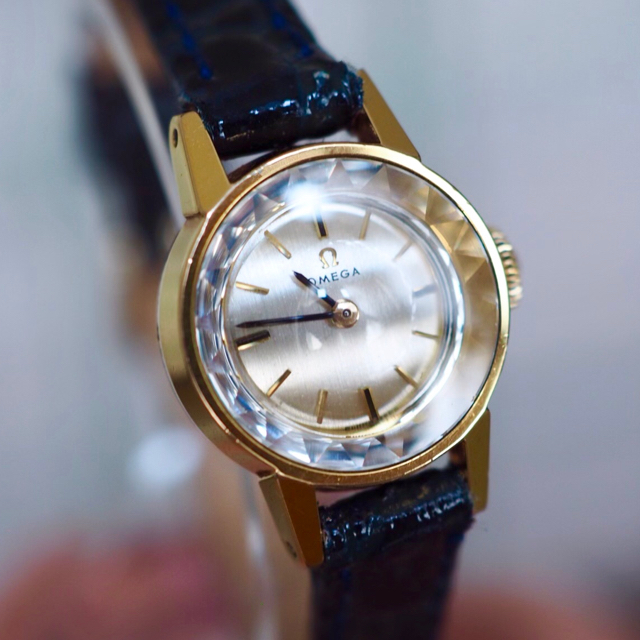 OMEGA - OH済・美品🔹オメガ ゴールドカットガラス 🔹agete トゥモローランド の通販 by Plumage❤︎antique watch|オメガならラクマ