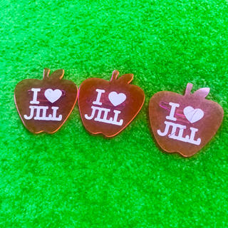 ジルスチュアート(JILLSTUART)の【3個セット】JILLSTUART♡りんご型ロゴチャーム♡バッヂ(チャーム)