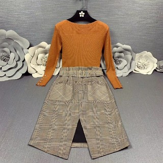 バーバリー(BURBERRY)のBurberryTシャツスカートスーツ綺麗美品大人気(スーツ)