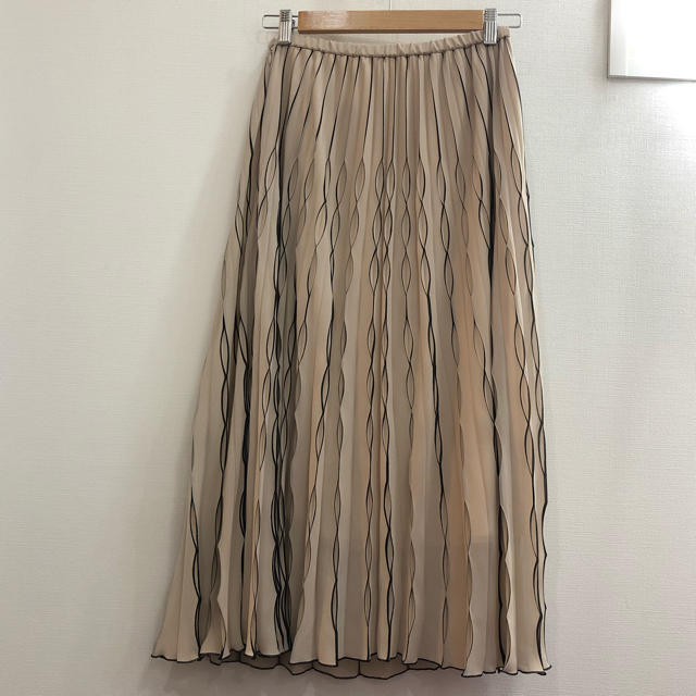 FRAY I.D(フレイアイディー)のFRAY I.D プリーツ スカート レディースのスカート(ロングスカート)の商品写真