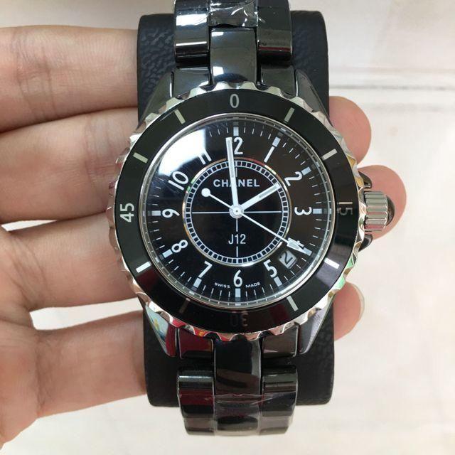 CHANEL - 腕時計 J12 CHANELの通販 by uchida's shop|シャネルならラクマ