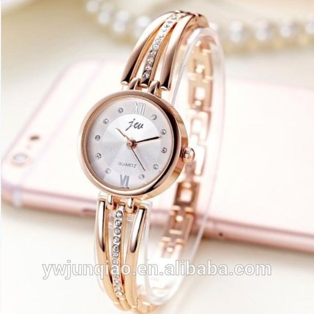 大人の気品漂うレディース腕時計(ゴールドまたはシルバー選択)#Sun42の通販 by Ambrosia Trading's shop|ラクマ